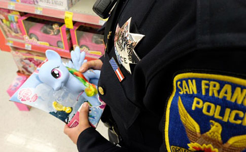 SFPD Officer holding blue pony